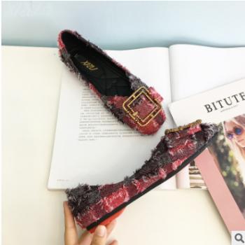 2018秋季新款女韩版百搭时尚网红单鞋平底浅口进口格子布淑女鞋