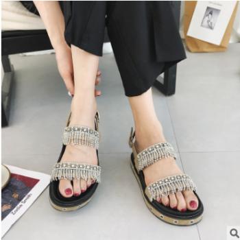 2018新款女士凉鞋韩版爆款一字式扣带露趾女士凉鞋 一件代发