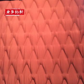 直充羽绒服面料 唯V花型 通道布面料 防钻绒多种花型现货