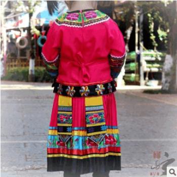 云南少数民族儿童舞蹈演出服装拍照服苗族舞蹈演出服装彝族表演服