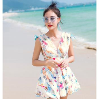 2018年卓浪泳装新款女士连体式泳衣三件套韩版高腰修身