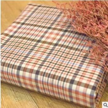 现货双面复合色织格子特色风衣面料 复古时装两色双面可用面料
