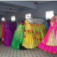 女大学生创业做服装租赁,仅两个月销售额达5万元