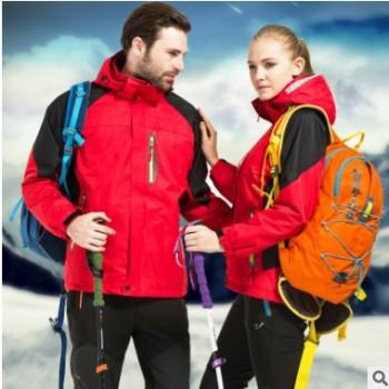 新款冲锋衣三合一男女户外羽绒内胆两件套滑雪服潮牌外套印logo