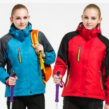 定制户外骑行冲锋衣冬季加厚冲锋衣外套连帽冲锋衣两件套可拆内胆