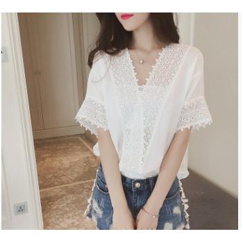 2017夏季韩版新款宽松白色蕾丝雪纺衫女短袖纯色镂空V领雪纺上衣