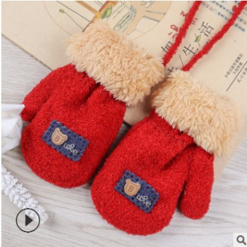 冬季新款针织儿童手套 小熊图案加绒加厚双层保暖儿童手套 带挂绳