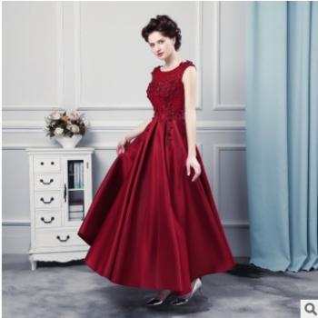 2018年新款刺绣镶钻晚礼服新款蕾丝修身晚宴敬酒服红色长款礼服