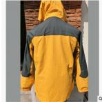 厂家直销现货冲锋衣,高品质,欢迎选购,支持小批量