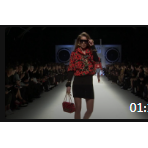 叛经离道的意大利时装设计师茉思奇诺秋冬时装秀04 (676播放)