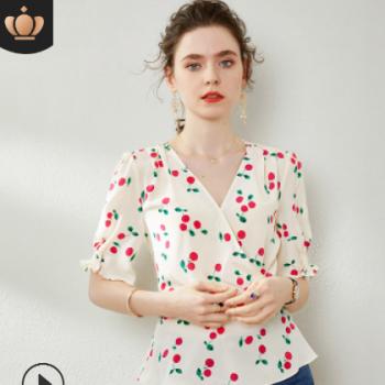 024094法式气质浪漫樱桃印花真丝衬衫 中袖V领束腰修身桑蚕丝小衫
