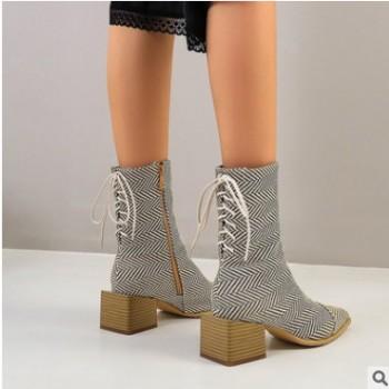 大码马丁靴女2020秋冬石头纹尖头异形跟短筒靴网红拉链短靴y4878