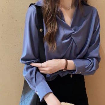 2019流行女装新款时尚洋气白色衬衫女宽松心机上衣设计感打底衬衣