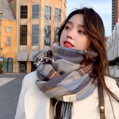 网红同款韩国东大门日系复古格子围巾女冬季仿羊绒披肩厂家批发
