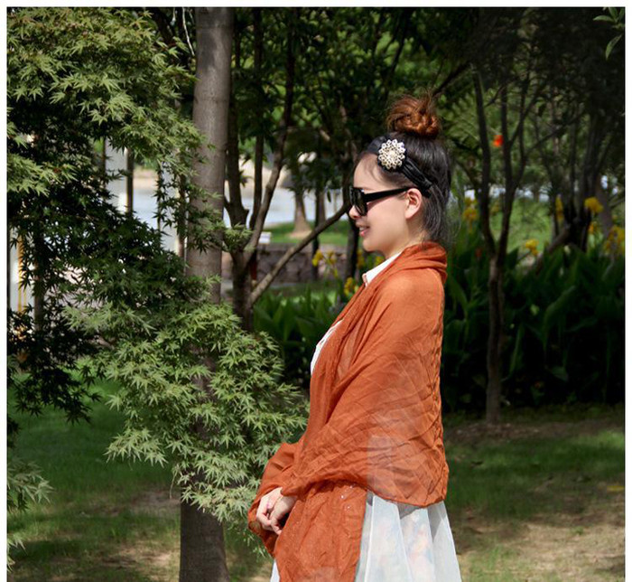 2014新款巴厘纱围巾披肩纯色 糖果色 棉麻时尚围巾 特价