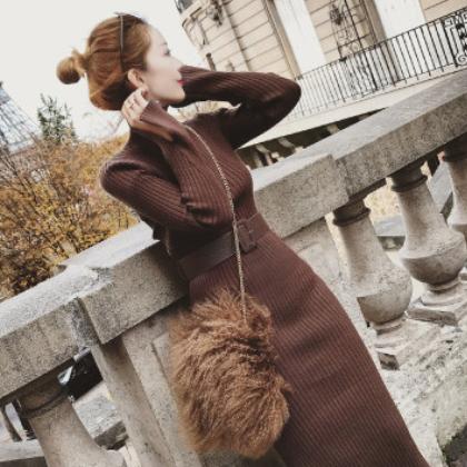 送腰带 2020秋冬新款女装中长款针织连衣裙修身打底毛衣裙包臂裙