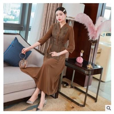 2021春季时尚休闲中年女装韩版刺绣广场舞妈妈装连衣裙女一件代发