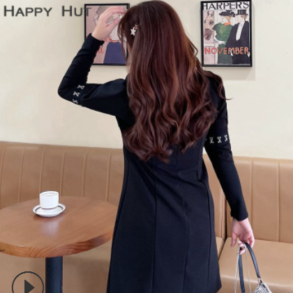 大码女装2021春季新款钩子抽褶裹胸挂脖松紧腰黑色A字连衣裙N7949