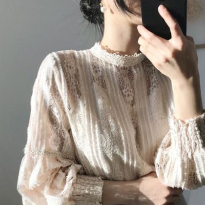 蕾丝小衫女春秋天学生内搭套头镂空t恤上衣韩版网红修身宽松衬衣