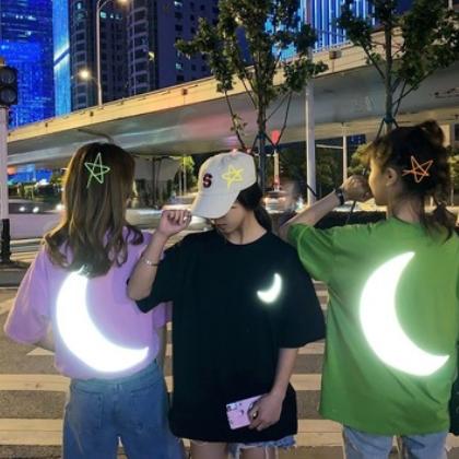 夏装韩版宽松个性反光短袖T恤女士2019新款学生上衣ins潮流情侣装