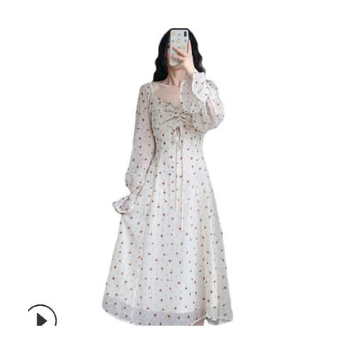 温柔风碎花雪纺连衣裙女2021早春V领喇叭袖高腰显瘦超仙甜美长裙