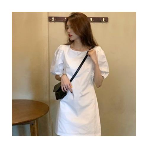 2021夏季新款女装白色泡泡袖裙子法式显瘦收腰气质短款连衣裙